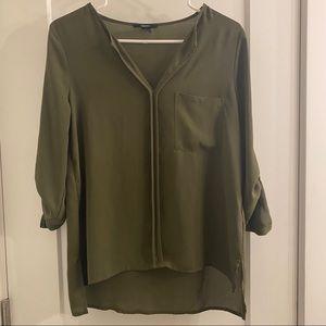 Green pocket long sleeve blouse
